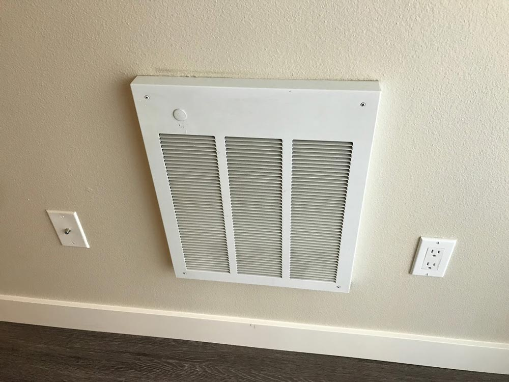 Line voltage heating vent
